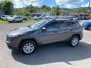 2017 jeep cherokee latitude in pen argyl pa new york jeep cherokee dotta chrysler jeep dotta chrysler jeep
